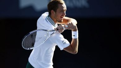 Photo of Daniil Medvedev raises concerns about playing with 100% crowds, refuses to comment on Stefanos Tsitsipas' vaccination stance | Mihir Gawade