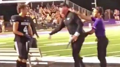 Photo of Trent Dilfer loses it on one of his high school players   Criss Partee