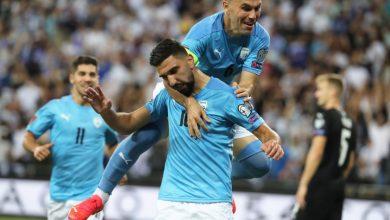 Photo of Arab-Israeli soccer star Munas Dabbur heavily booed during Austria win | By  TAL SPUNGIN