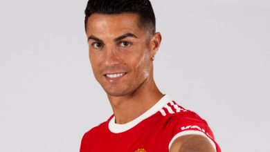 Photo of CR7 In Red – Check Out Ronaldo's First Images In Manchester | Soccer Laduma