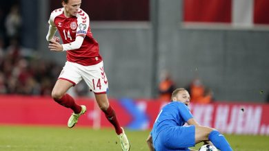 Photo of Damsgaard shines as Denmark hammer Israel 5-0 | Reuters