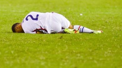 Photo of Barcelona star Dest forced out with injury in first half of USMNT's clash with Canada | Goal.com | goal