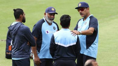 Photo of Ravi Shastri tests positive in RT-PCR along with Arun, Sridhar; trio not going to Manchester   PTI